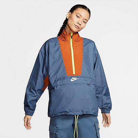 Nike Women's Sportswear Icon Clash Wind Jacket in Blue/Diffused Blue Size Large 100% Polyester