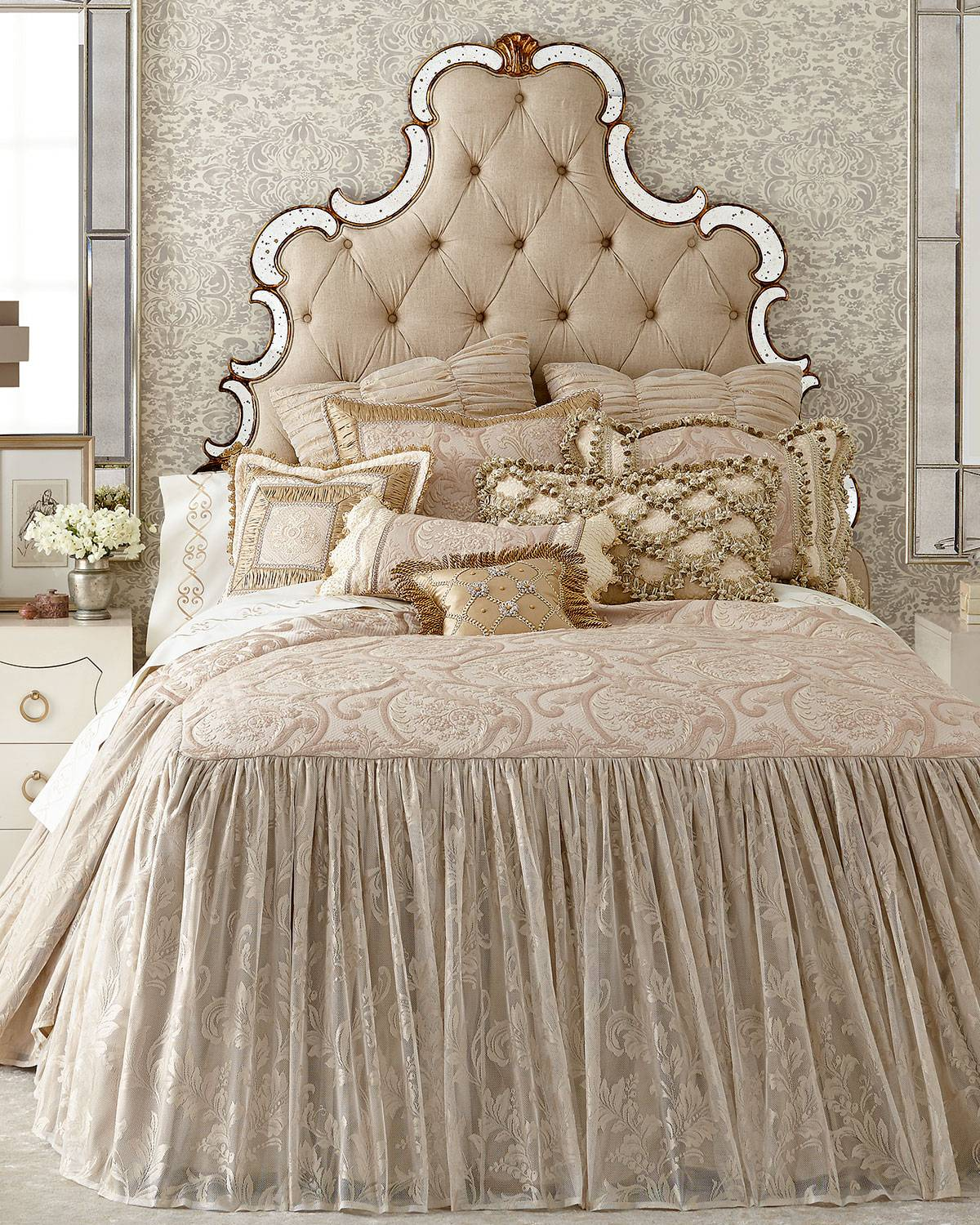 Sweet Dreams Queen Kensington Garden Coverlet