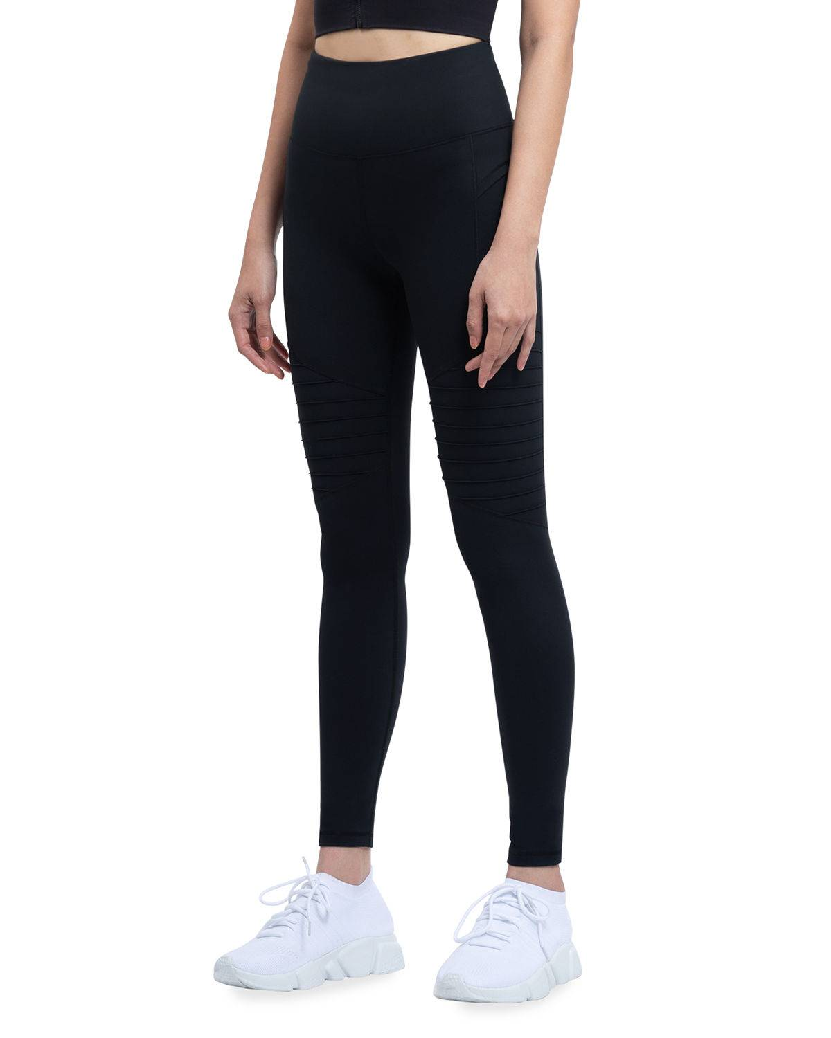 VOICE OF INSIDERS Phone Pocket 7/8 Moto Leggings - Size: Small