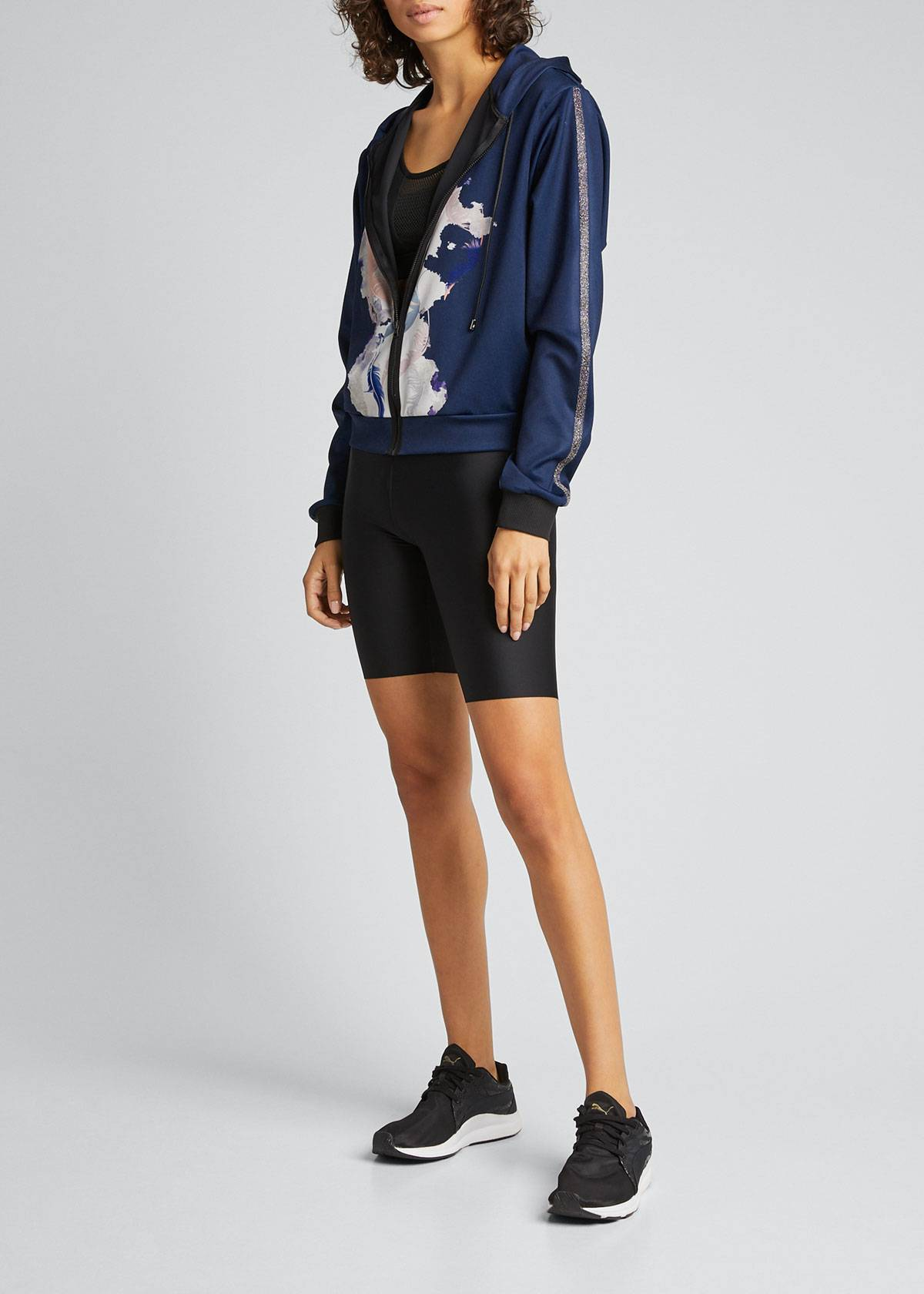 Ultracor Essential Venus Bike Shorts  - female - BLACK - Size: Large