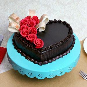 Chocolate Truffle Eggless Cake - 35oz/1kg