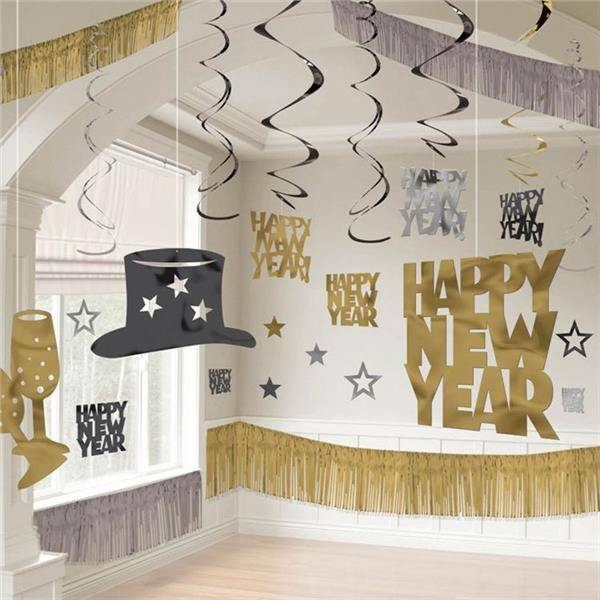 Windy City Novelties Silver, Gold & Black New Year's Eve Decorating Kit by Windy City Novelties