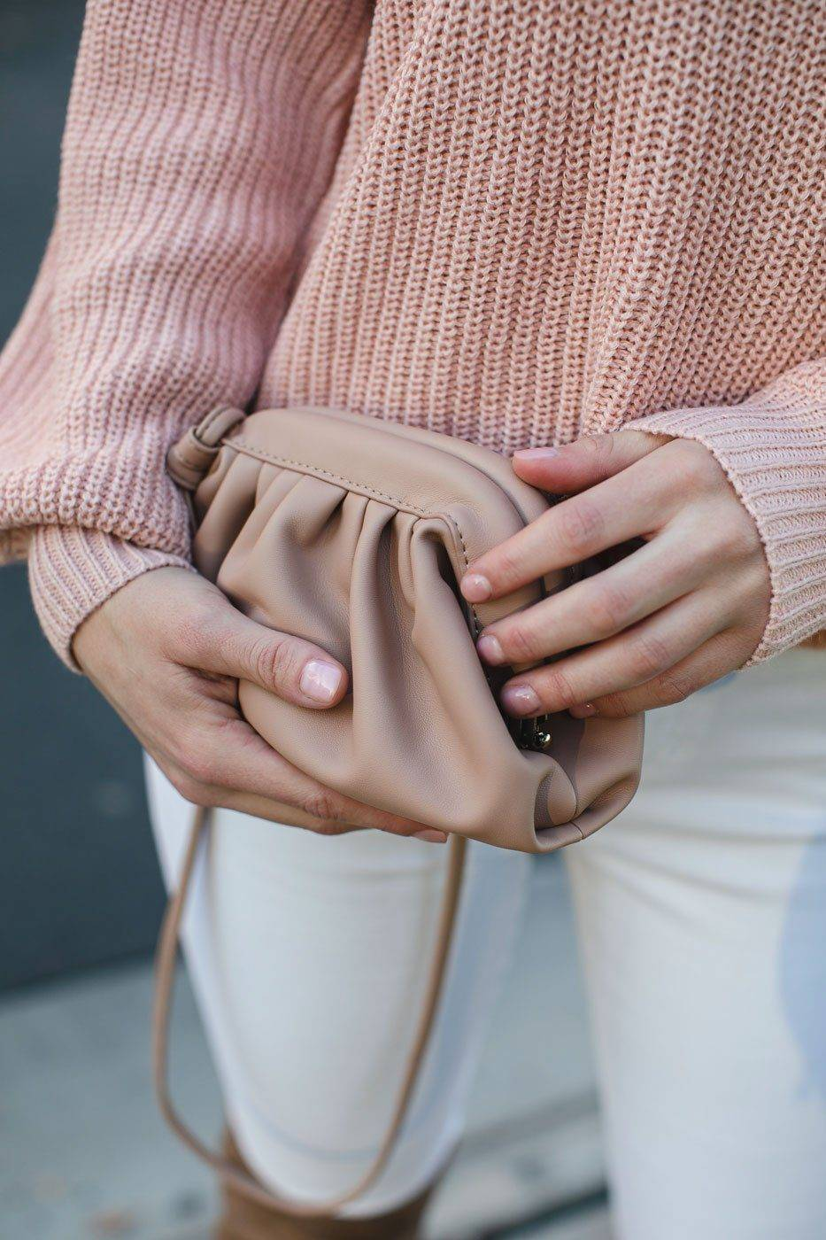 Impulse Fashion Accessories Cara Taupe Clamshell Clutch Purse  - G1464 Nude