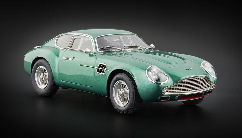 CMC 1961 Aston Martin DB4 GT Zagato Green 1/18 Diecast Model Car by CMC