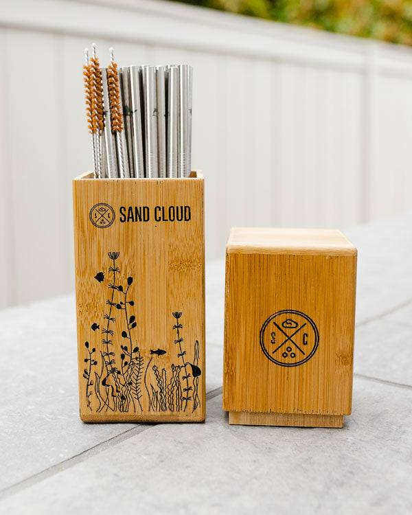 SandCloud Bamboo Straw Holder with 20 Marine Inspired Straws