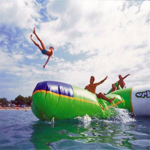 DHgate (specialty store) blob bouncing bag inflatable jumping bag playing with water trampoline wate
