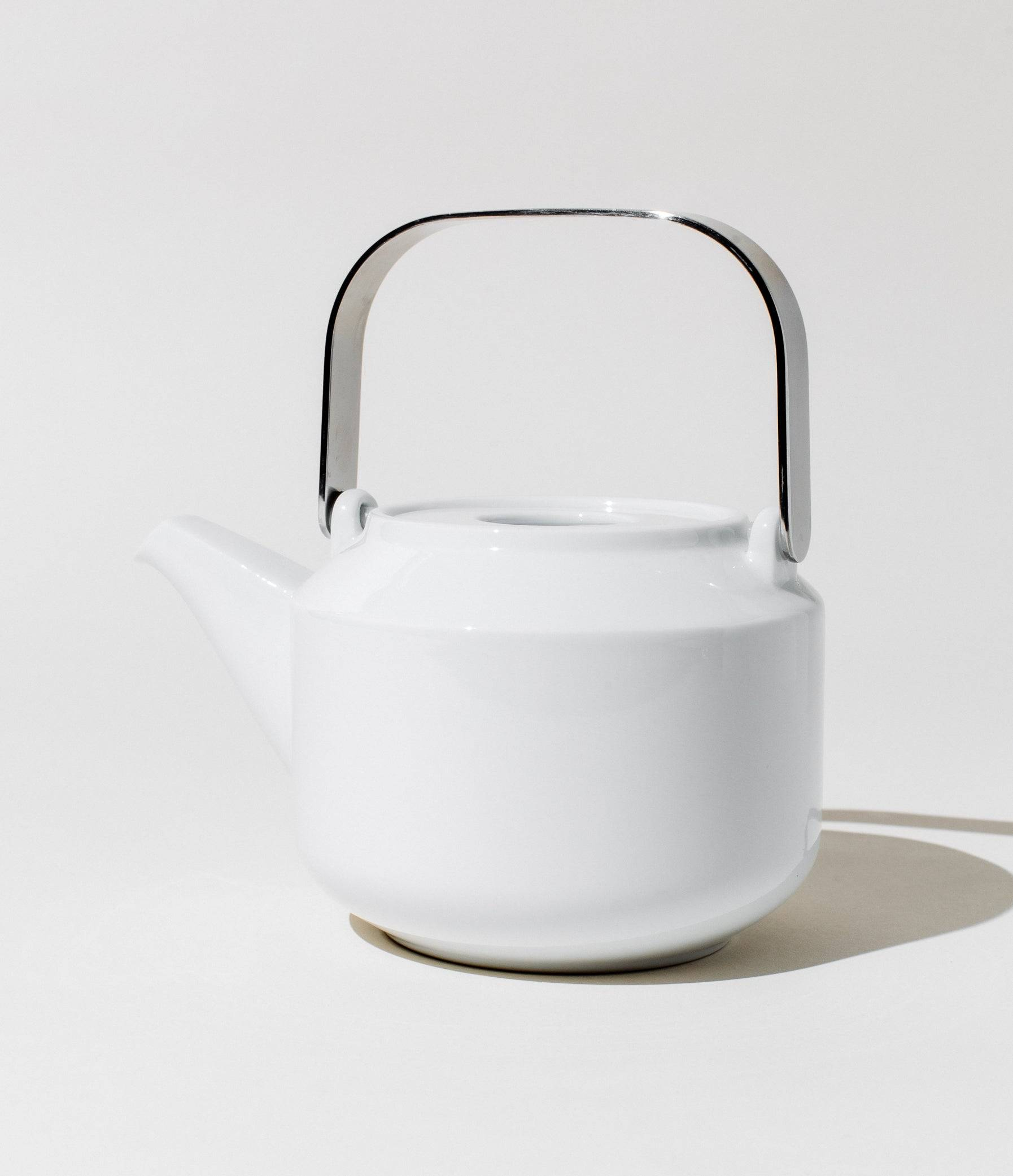 Kinto Porcelain Leaves-To-Tea Teapot Teaware WHITE by Art of Tea