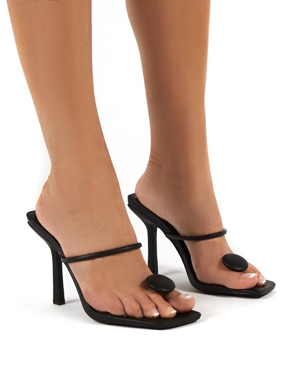 Public Desire USA Kai Black Toe Post Square Toe Mule Heels - US 6