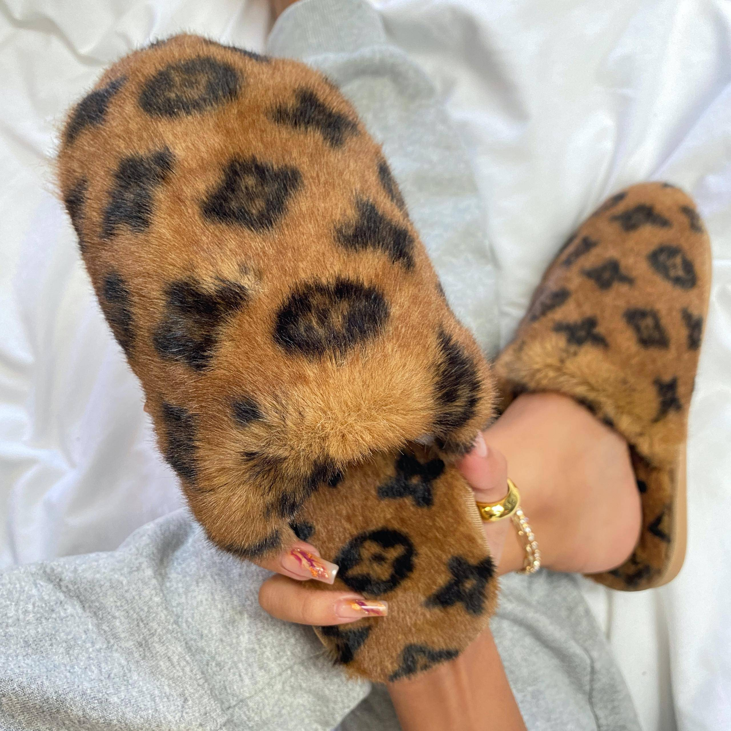 EGO Kulture Fluffy Printed Detail Flat Slipper In Tan Brown Faux Fur, Brown  - female - Size: 11