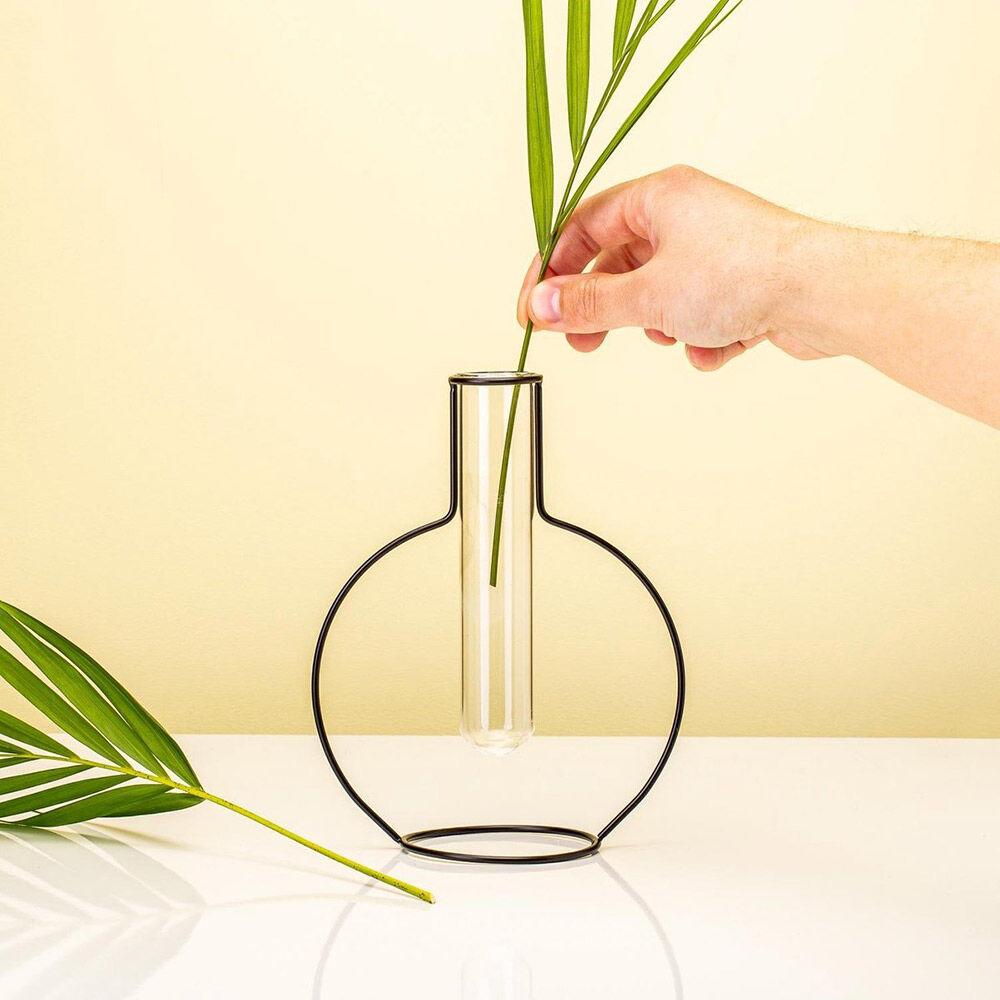Round Silhouette Vase