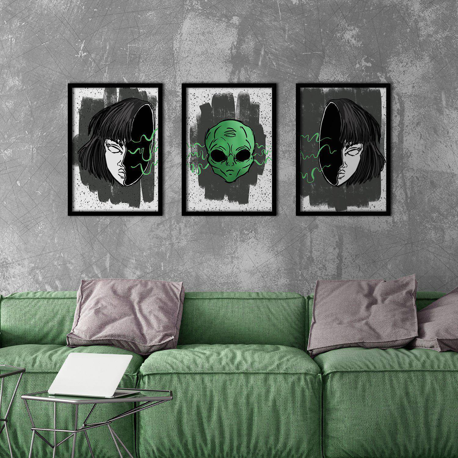 Silver Ares Alien Poster Set