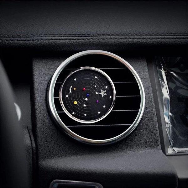 ApolloBox Aromatherapy Galaxy Car Vent Clip