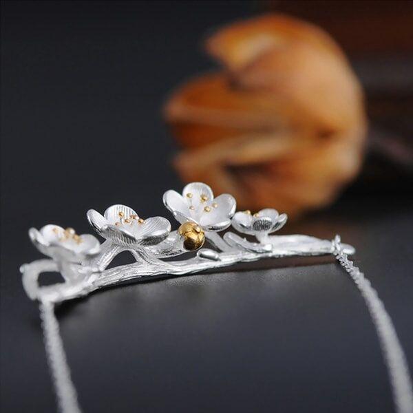 ApolloBox Silver Sakura Necklace