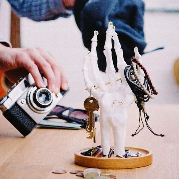 ApolloBox Skeleton Hand Jewellery Tidy