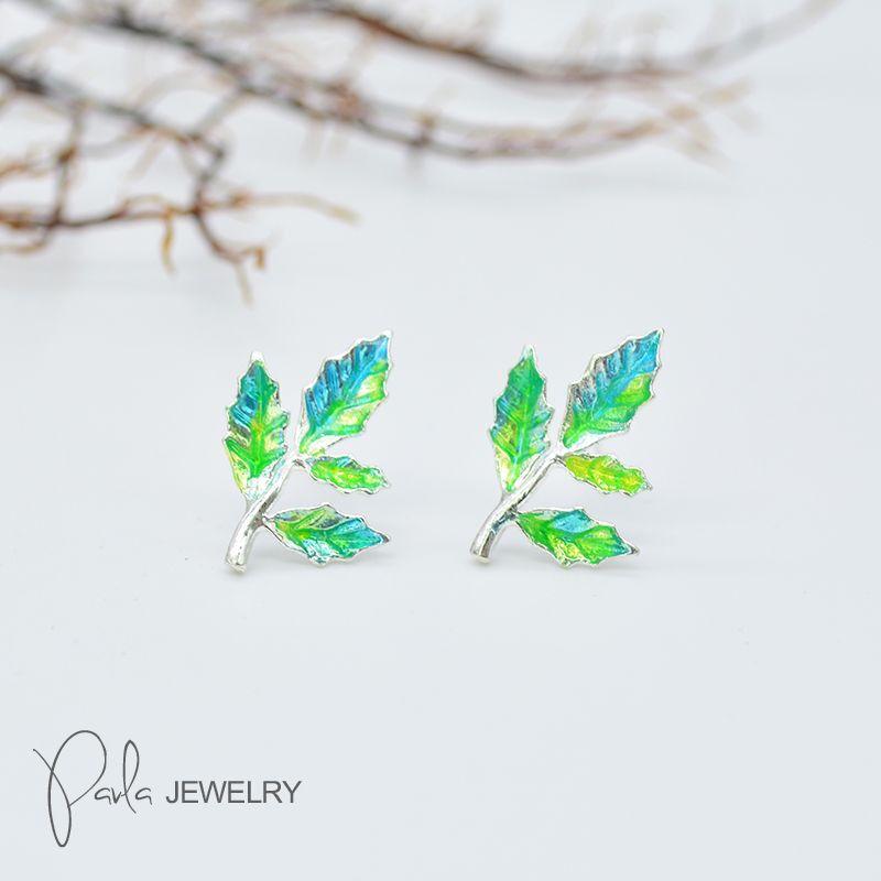 ApolloBox Tree & Leaf Earrings