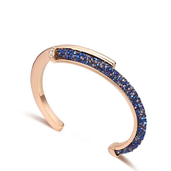 ApolloBox Crystaldust Cuff Bracelet