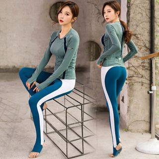Wontto Set: Long-Sleeve Sports T-Shirt + Contrast-Trim Stirrup Yoga Pants