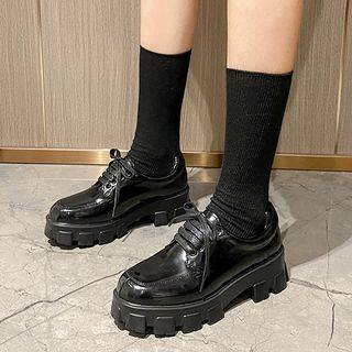 KICKOFF Lace-Up Platform Shoes