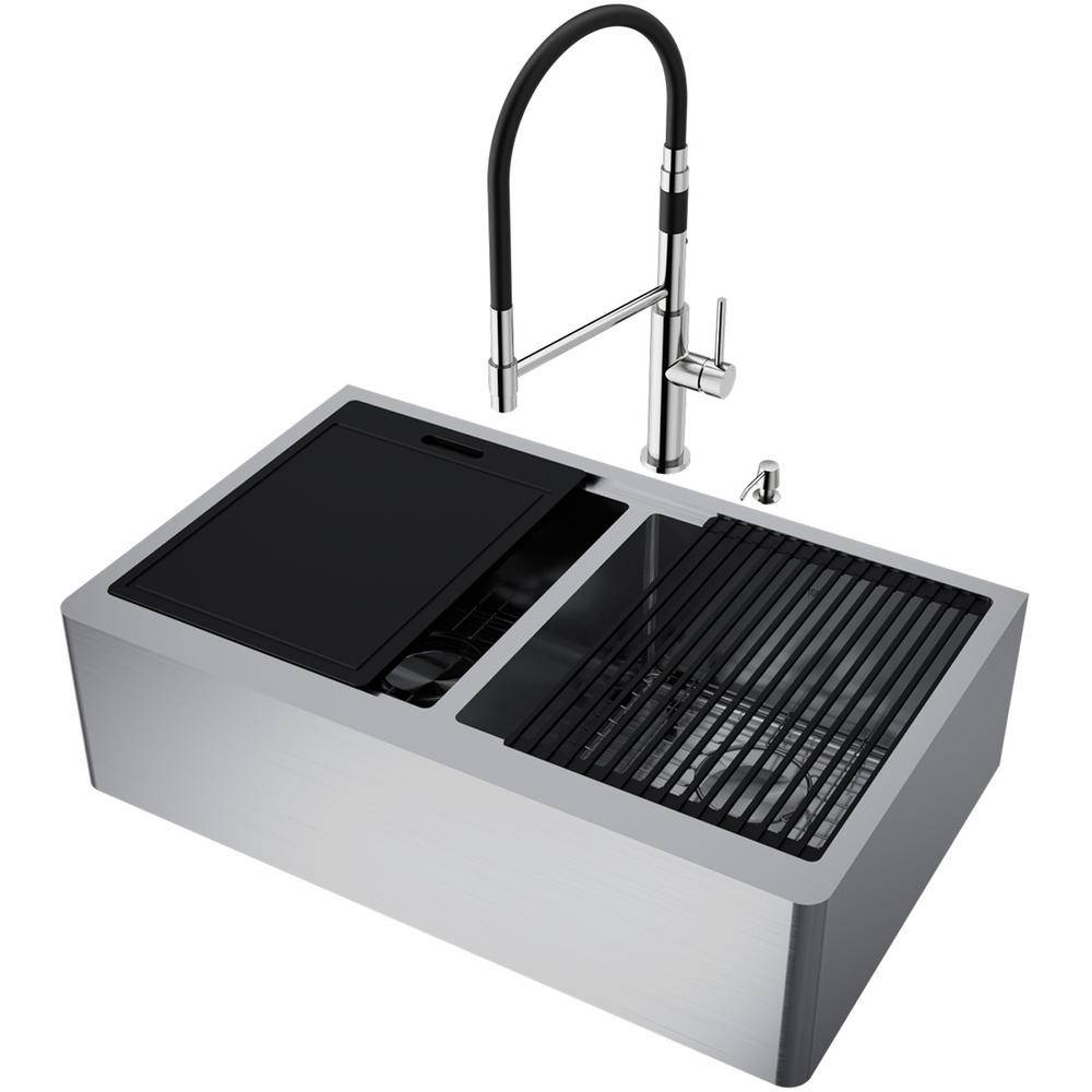 VIGO Oxford Stainless Steel 33 in Double Bowl Flat Farmhouse Apron-Front Workstation Kitchen Sink with Faucet and Accessories, Silver