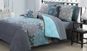 Medallion Printed Reversible Quilt Set with Sheet Set and Throw Pillows (7- or 9-Piece)