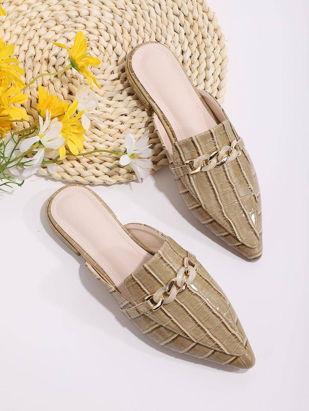 Animal Embossed Chain Embellished Half Flat Shoes in FALL LEAF BROWN - Size: EU 40