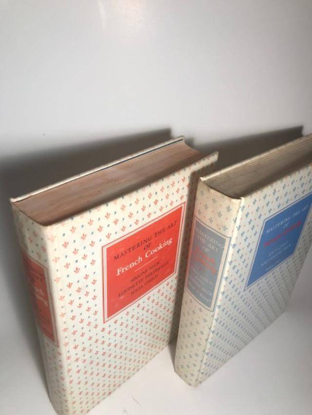 MASTERING THE ART OF FRENCH COOKING VOLUMES 1 & II ( BOTH FIRST PRINTINGS) Beck, Simone & Louisette & Julia Child [Good] [Hardcover]