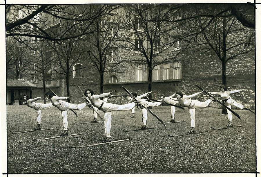 Sports Paris women's ski school Outdoor Practice Old Photo 1930 P. Delbo [ ]