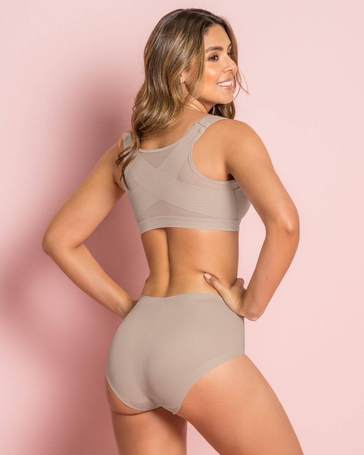 Leonisa Simply Seamless Mid-Rise Sculpting Brief