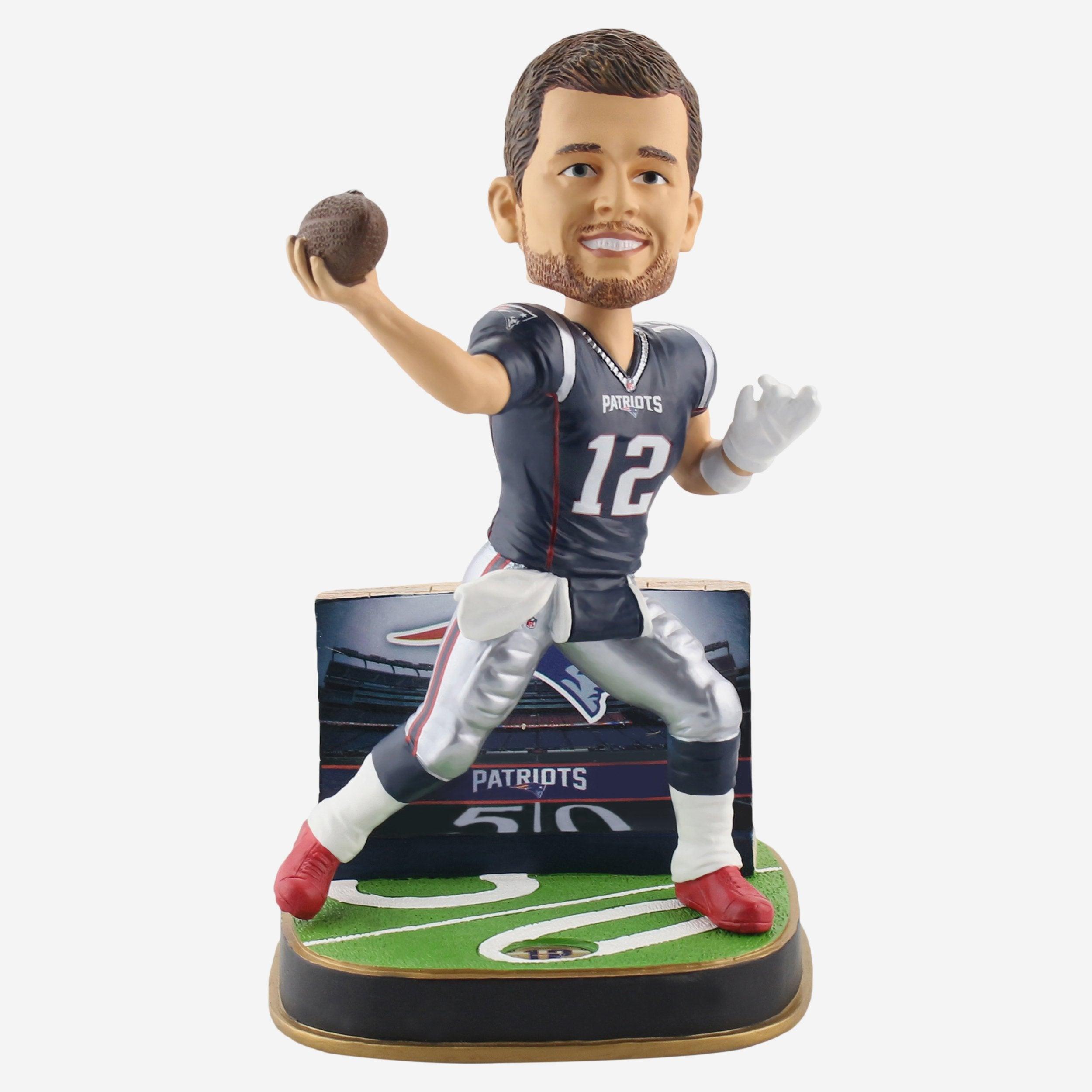 FOCO Tom Brady New England Patriots Game Day Stadium Bobblehead