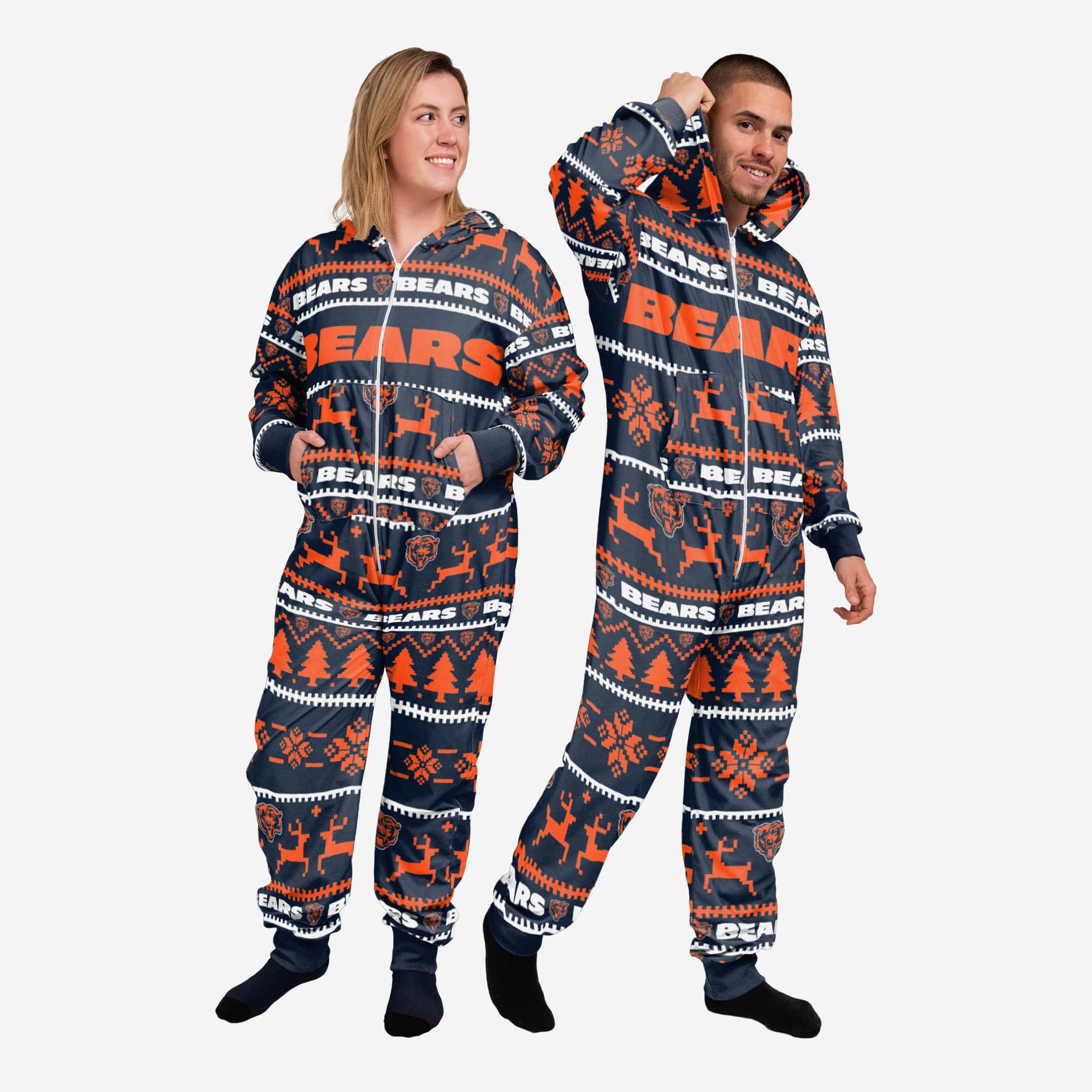 FOCO Chicago Bears Holiday One Piece Pajamas - M