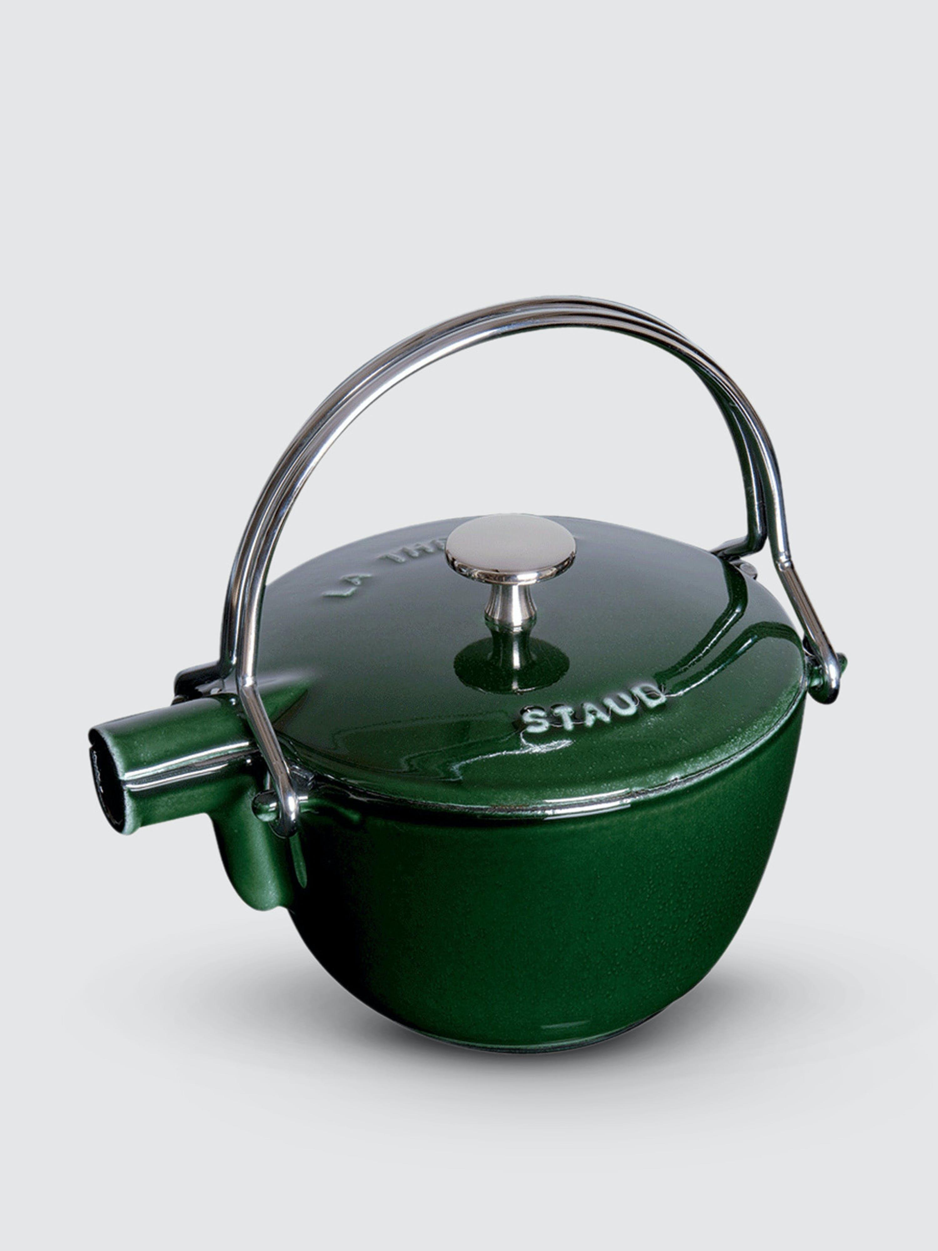 Staub - Verified Partner 1-Qt Round Tea Kettle  - Green