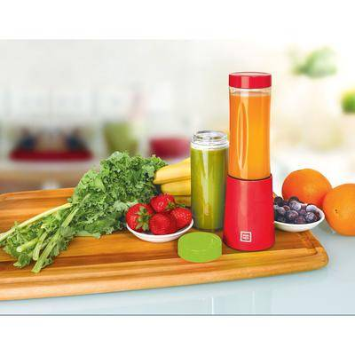 Euro Cuisine Portable Blender for Shakes and Smoothies in Red by Euro Cuisine