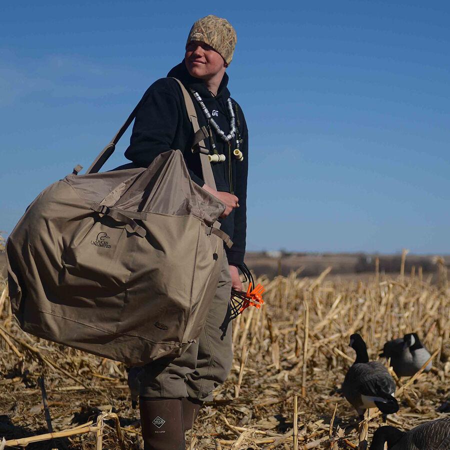 Avery Outdoors 6-Slot Full Body Honker Bag - Field Khaki