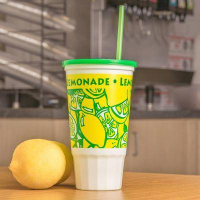 WebstaurantStore 32 oz. Lemonade Economy Car Cup with Green Lid - 504/Case
