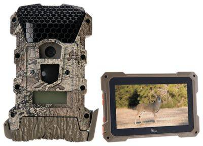 Wildgame Innovations Wraith 16 LightsOut Game Camera And Trail Pad Tablet SD Card Viewer Combo