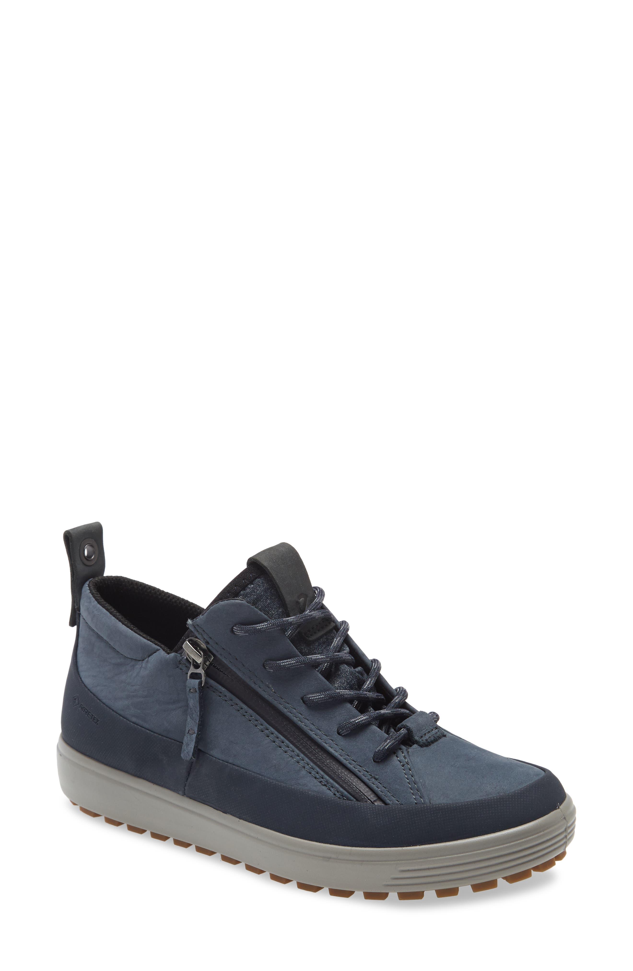 ECCO Women's Ecco Soft 7 Gore-Tex Waterproof Sneaker, Size 6-6.5US - Blue