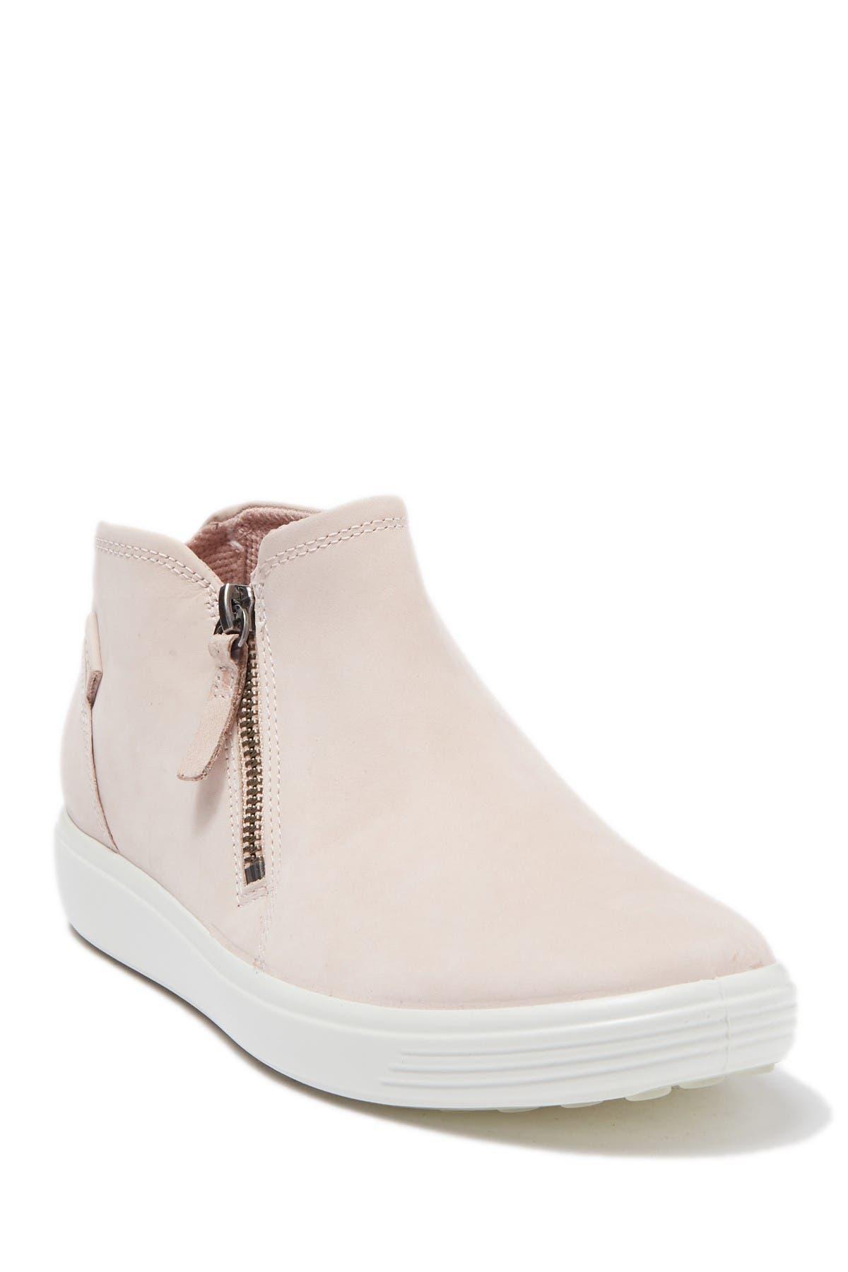 ECCO Women's Ecco Soft 7 High Top Sneaker, Size 7-7.5US - Pink