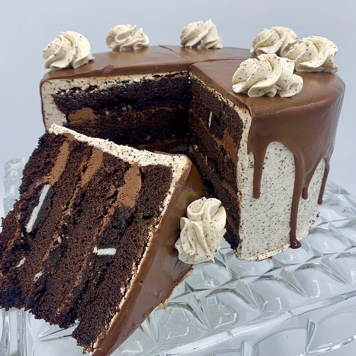 "The Goddess and Grocer - Oreo Cake - 8"""
