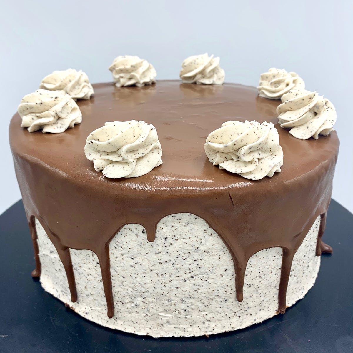 "The Goddess and Grocer - Oreo Cake - 6"""
