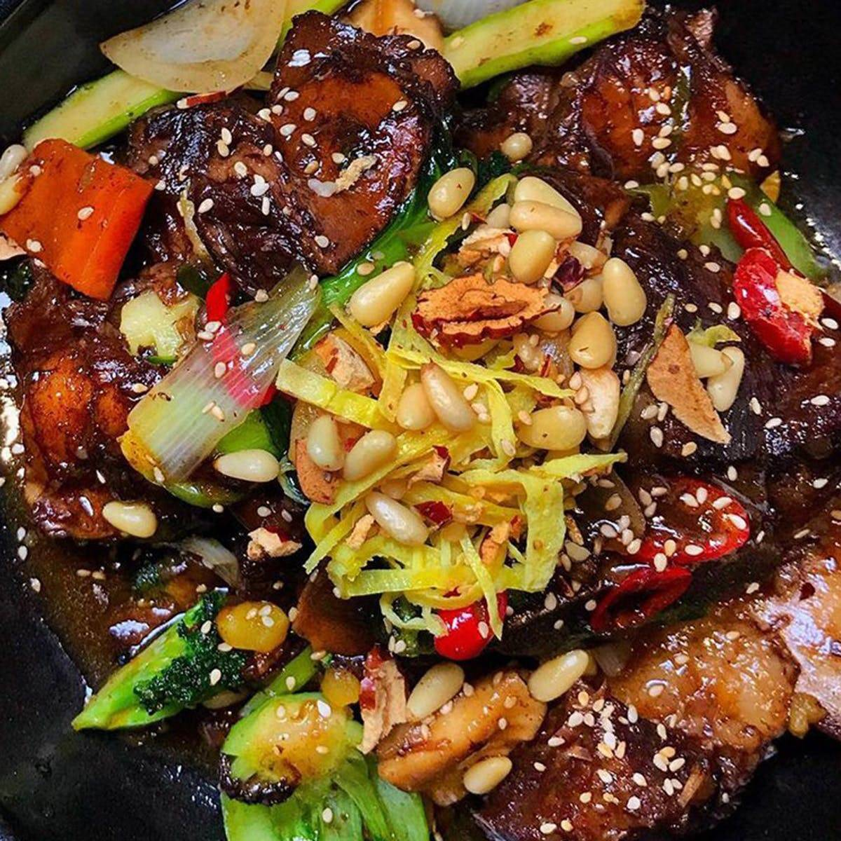 Samwon Garden Korean BBQ - Korean BBQ Galbi Jjim Kit for 4