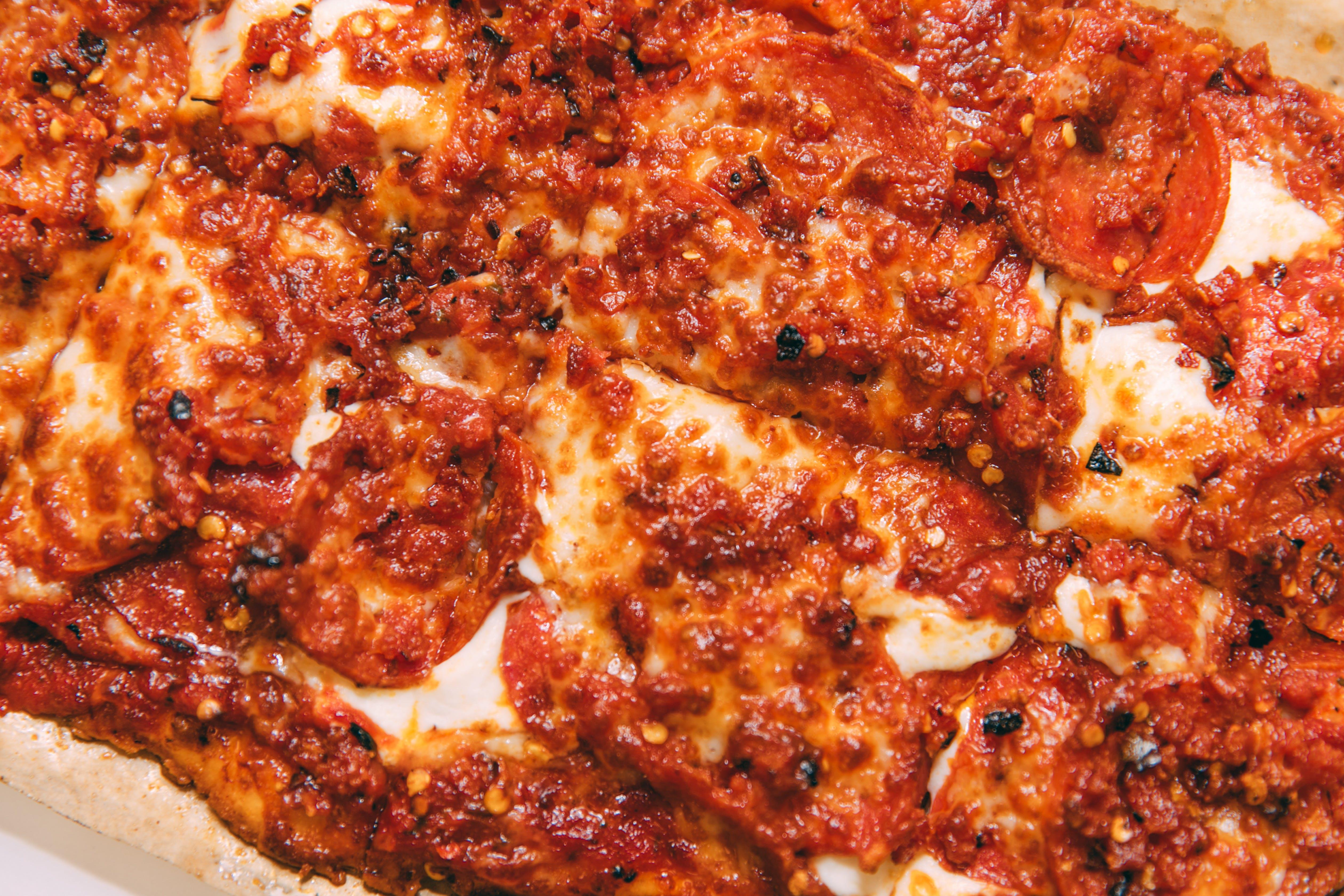 Slim & Husky's - Rony Roni Rone Pizza - 4 Pack