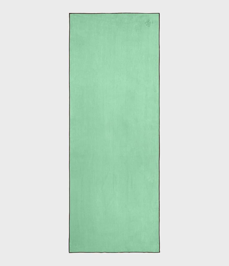"Manduka eQua® Mat Towel Green Ash / Standard 72"" (182cm)"
