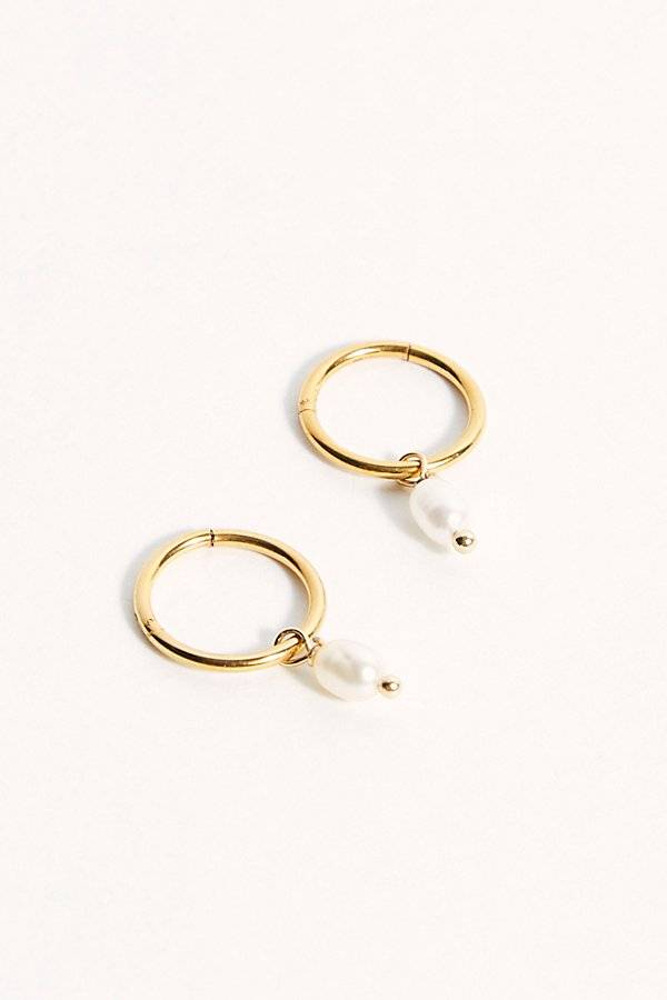 Reliquia Jewellery Drop Pearl Sleeper Earrings by Reliquia Jewellery at Free People, Gold, One Size