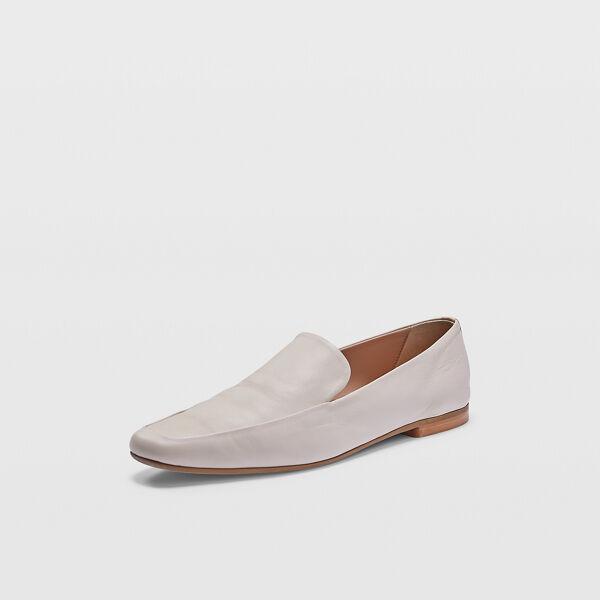 Club Monaco Bone Sofii Leather Loafer Flats in Size 37.5 [Female]