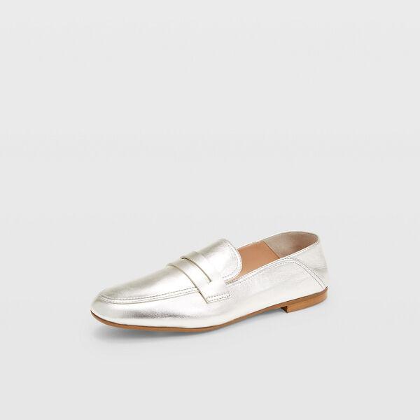 Club Monaco Silver Kedda Loafers in Size 38 [Female]