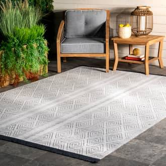 Rugs USA Gray Brunch Indoor/Outdoor Striped With Tassels rug - Casuals Rectangle 3' x 5'