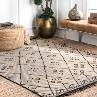 "Rugs USA Gray Rancherio Moroccan Club Trellis Indoor/Outdoor rug - Outdoor Rectangle 5' 3"" x 7' 7"""