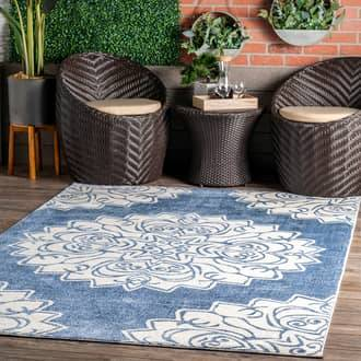 Rugs USA Blue Grand Garden Blooming Blossom Indoor/Outdoor rug - Contemporary Rectangle 5' x 8'