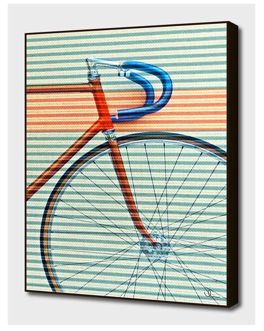 "Curioos Standard Striped Bike - Size: 20"" x 28"""