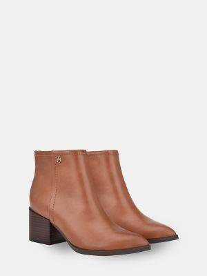 Tommy Hilfiger Women's Heeled Ankle Boot Cognac - 8.5